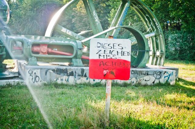 Missachten Sie dieses Zeichen!