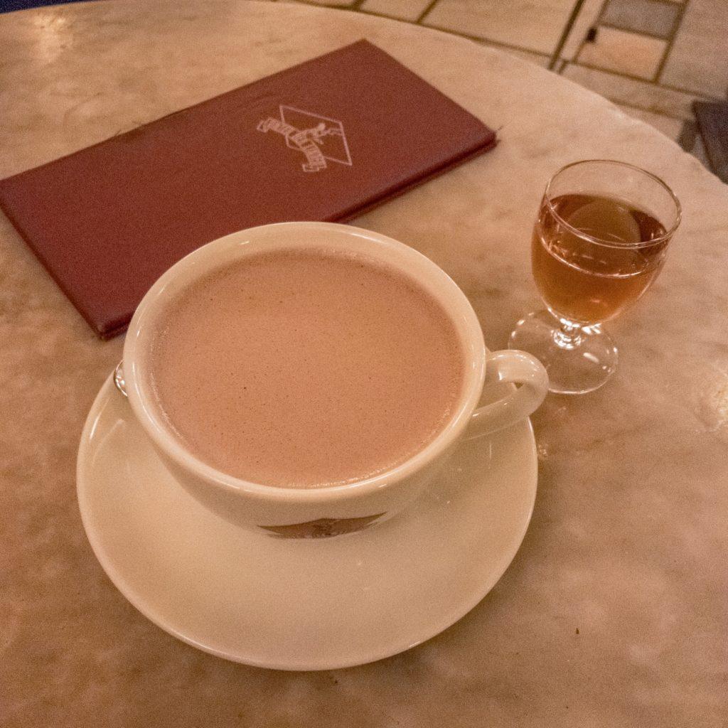 Kakao mit Rum